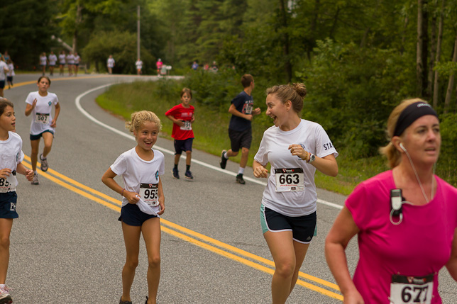 Campers running the Hudson Headwaters Health Network 5k Care for Kids Run