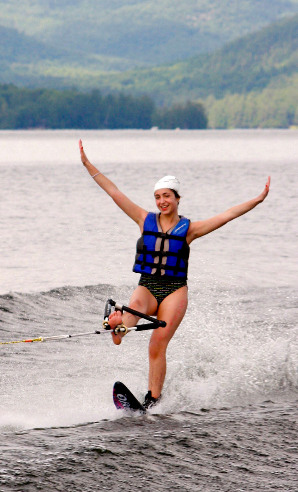 A campers waterskiing without hands