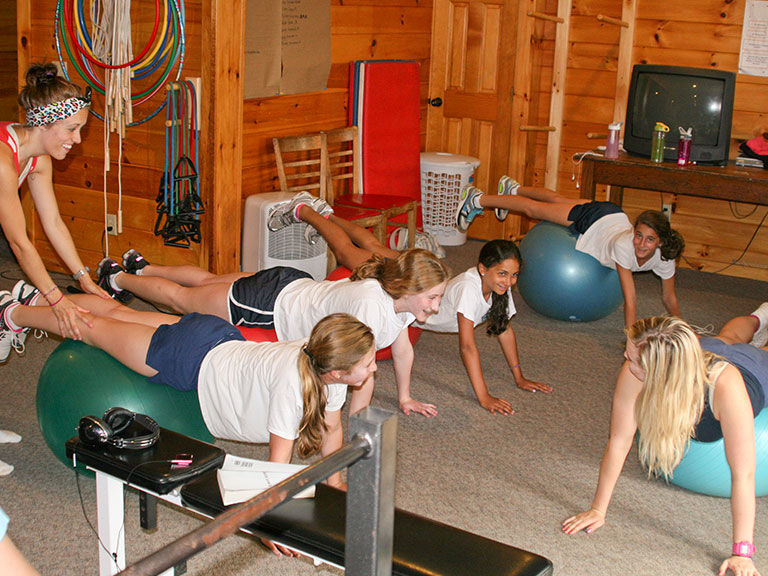 campers working out at sleep away camp